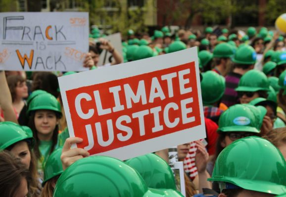 Climate justice protest. (Photo: Linh Do/Flickr)