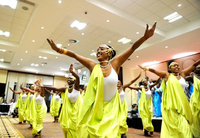National ballet dancers perform at the Rwanda Uganda Business Forum Dinner - Kigali, 11 October 2013 (Paul Kagame/Flickr)